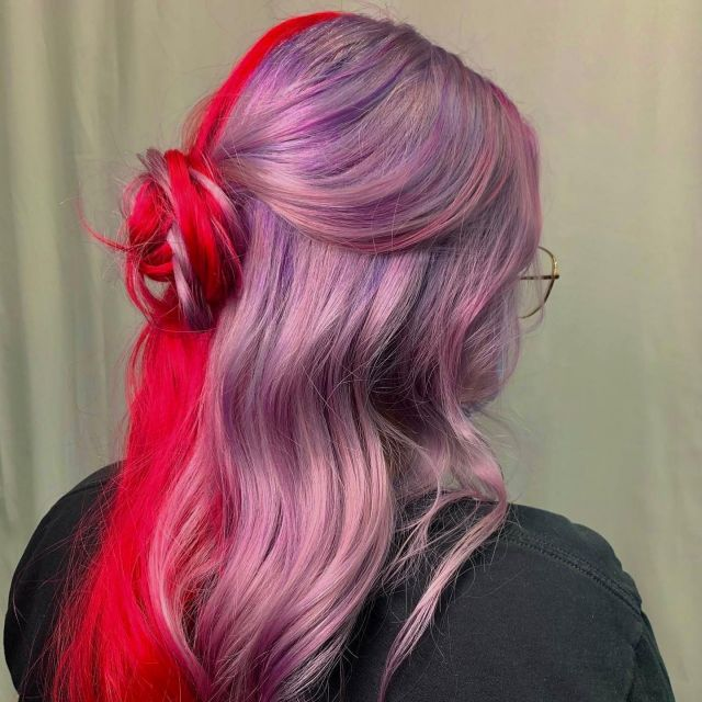 You don't have to pick a side, just do both 💜❤️  Our stylist @hairbydryer will take good care of you and your hair💇🏽♀️